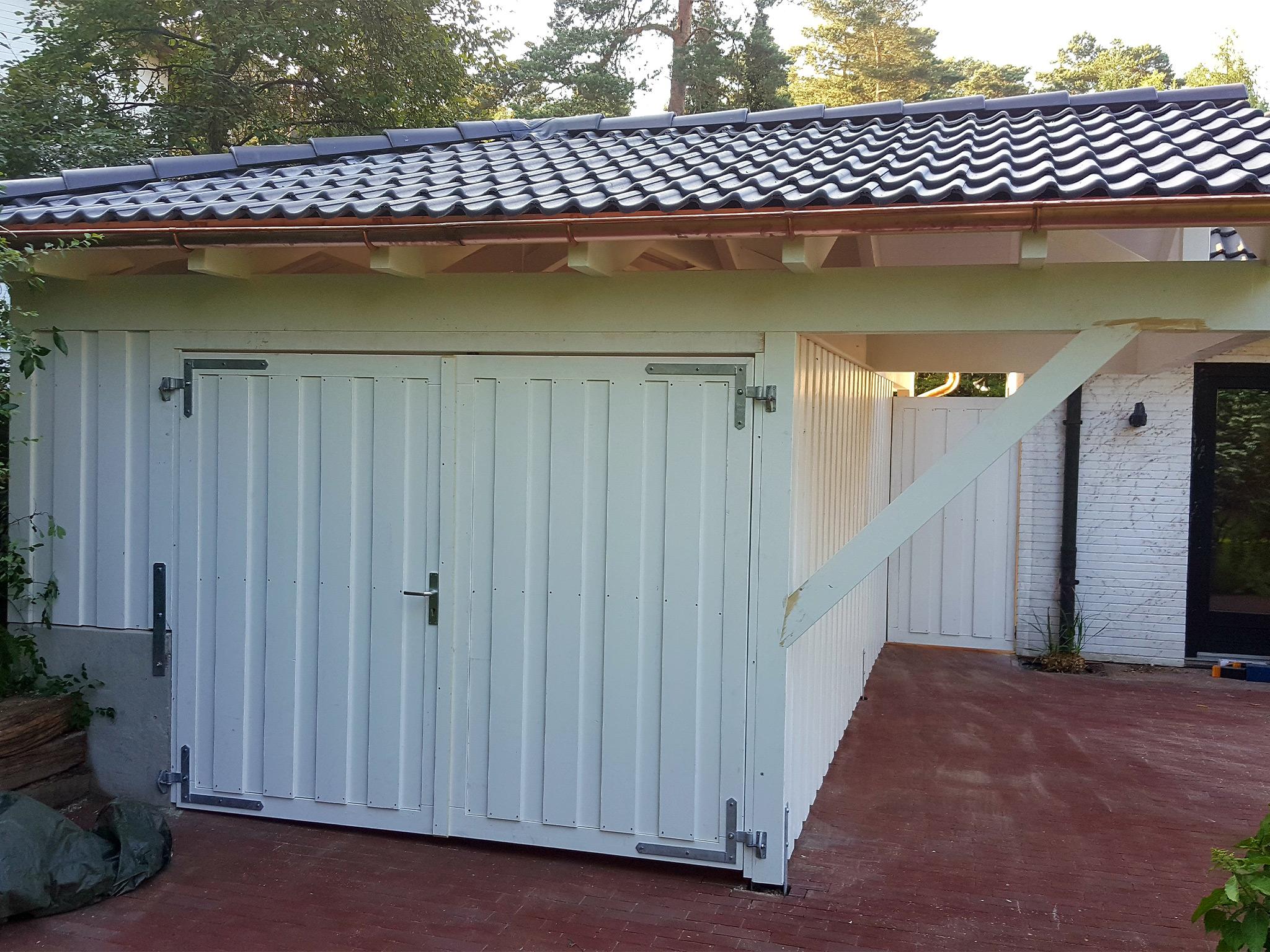 Geräteraum mit Satteldach